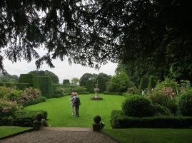renishaw-garden
