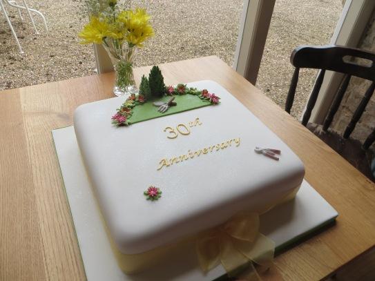 renishaw-lunch-birthday-cake